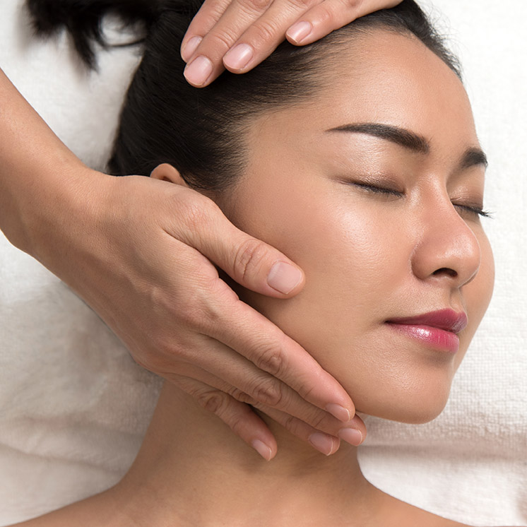Deep Cleansing and Purifying Facial